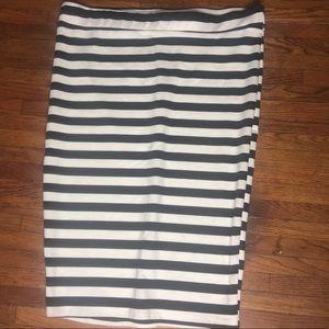 Torrid Plus Size 2 XXL Black White Pencil Skirt